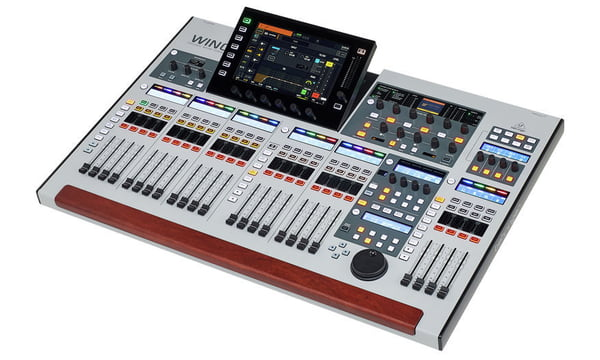 Consola Digital Behringer WING 48 canales 5